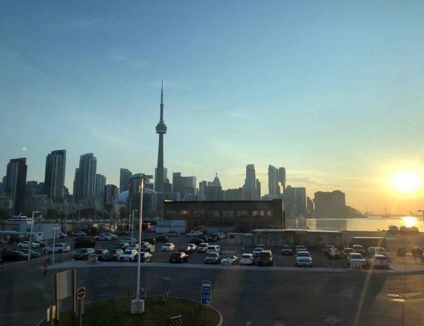 Toronto skyline. CN Tower